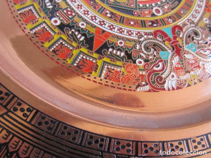 Artesanía: Pareja de platos latón + cobre lacados. Hechos a mano en México. Calendario Azteca para colgar - Foto 5 - 142889954