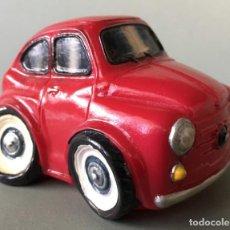 Artesanía: SEAT 600, PRECIOSO COCHE MINIATURA. VER MEDIDAS. IDEAL COLECCIONISTAS. Lote 143288906