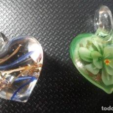 Artesanía: 2 COLGANTES SIN CADENA, DE BISUTERIA. Lote 143343038