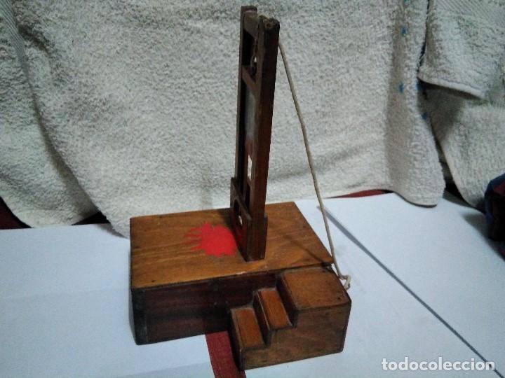 Artesanía: ANTIGUA GUILLOTINA EN MINIATURA - Foto 5 - 152829046