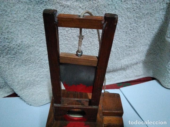 Artesanía: ANTIGUA GUILLOTINA EN MINIATURA - Foto 10 - 152829046