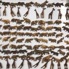 Artesanía: KENIA. TRIBU MASAI. LOTE DE 100 ANIMALES PARA COLLARES DE CUENTAS. VER FOTOS.. Lote 163359378