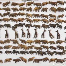 Artesanía: KENIA. TRIBU MASAI. LOTE DE 100 ANIMALES PARA COLLARES DE CUENTAS. VER FOTOS.. Lote 163359410