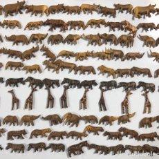 Artesanía: KENIA. TRIBU MASAI. LOTE DE 100 ANIMALES PARA COLLARES DE CUENTAS. VER FOTOS.. Lote 163359526
