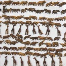 Artesanía: KENIA. TRIBU MASAI. LOTE DE 100 ANIMALES PARA COLLARES DE CUENTAS. VER FOTOS.. Lote 163359638