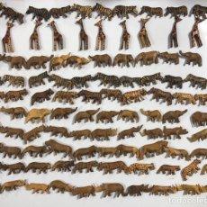 Artesanía: KENIA. TRIBU MASAI. LOTE DE 100 ANIMALES PARA COLLARES DE CUENTAS. VER FOTOS.. Lote 163359754