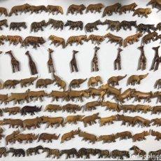 Artesanía: KENIA. TRIBU MASAI. LOTE DE 100 ANIMALES PARA COLLARES DE CUENTAS. VER FOTOS.. Lote 163359790