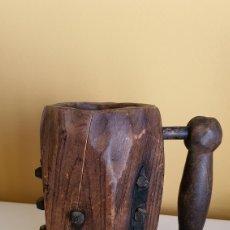 Artesanía: JARRA DE CERVEZA EN MADERA. Lote 182263555