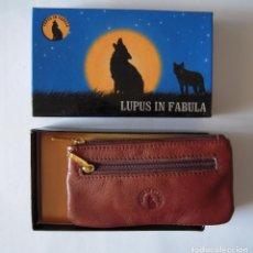 Artesanía: MONEDERO DE CABALLERO DE PIEL NUEVO LUPUS IN FABULA. Lote 212828781