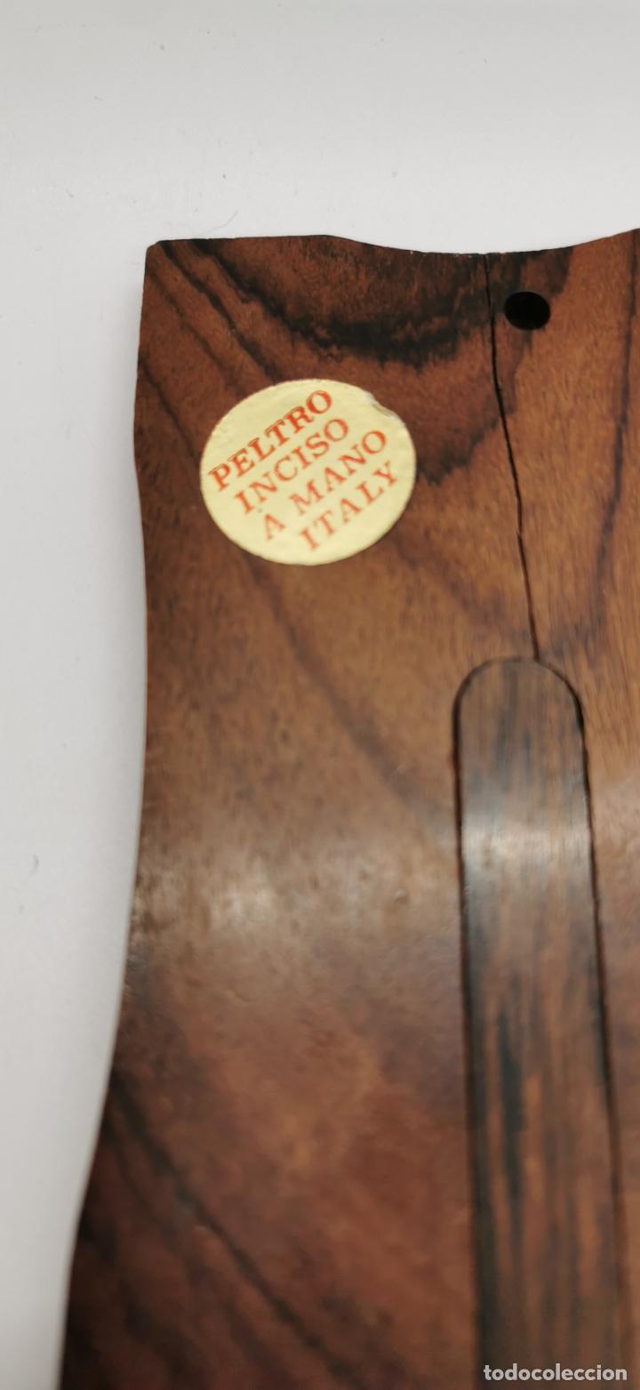 Artesanía: Virgen en marco de madera - Foto 3 - 223892163