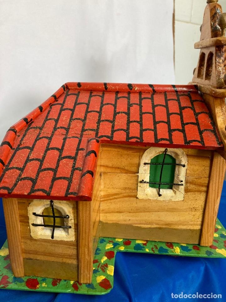 Artesanía: Iglesia de madera, hecha y pintada a mano, de los años 60, - Foto 10 - 253468830