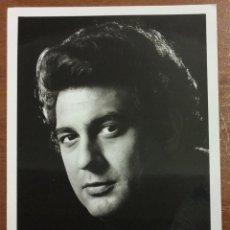 Autógrafos de Música : PLACIDO DOMINGO. RETRATO CON AUTÓGRAFO ORIGINAL. PHOT. JACK MITCHELL, NYC. . Lote 53513374