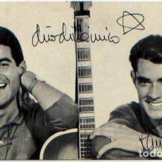 Autógrafos de Música : FOTO PUBLICIDAD GRUPO MUSICAL DUO DINAMICO DEDICADA CON AUTOGRAFO. Lote 94580519