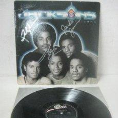 Autógrafos de Música : DISCO FIRMADO A MANO POR LOS JACKSON FIVE,JACKIE,TITO & MARLON JACKSON -TRIUMPH- AÑO 1980 POR CBS. Lote 108080923