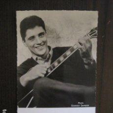 Autógrafos de Música : SACHA DISTEL - FOTOGRAFIA CON AUTOGRAFO -VER FOTOS-(V-13.185). Lote 109282895