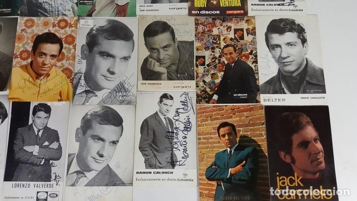 Autógrafos de Música : COLECCION DE 33 TARGETAS DE ARTISTAS AUTOGRAFIADAS. CIRCA 1960. - Foto 2 - 122060447