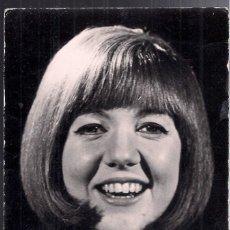 Autógrafos de Música : CILLA BLACK : FOTOGRAFIA ORIGINAL FIRMADA POSIBLEMENTE EN PALMA DE MALLORCA (1968) - THE BEATLES. Lote 132912594