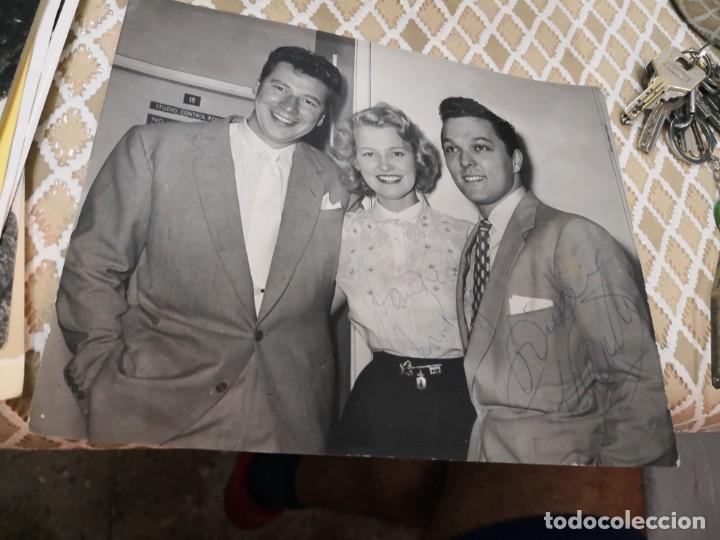 Autógrafos de Música : Fotografía antigua con autógrafo de Dickie valentino y Joan rigan . 21x25, 5 - Foto 3 - 136021294