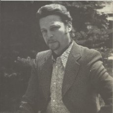 Autógrafos de Música : AUTÓGRAFO FIRMA ORIGINAL DE ALFREDO KRAUS. 1984. 24X18 CM. BUEN ESTADO. PAPEL PROMOCIONAL. Lote 139452758