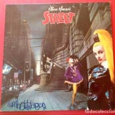 Autógrafos de Música : NINA HAGEN VINILO STREET FIRMADO. Lote 143409006