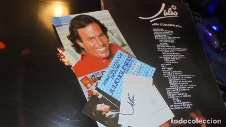 Autógrafos de Música : JULIO IGLESIAS , CARTULINA CON SU AUTOGRAFO ORIGINAL A TINTA + ENTRADA CONCIERTO + PROGRAMA + TARJET - Foto 2 - 155967374