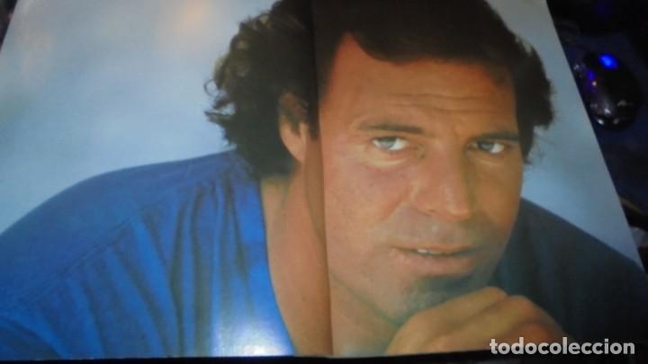 Autógrafos de Música : JULIO IGLESIAS , CARTULINA CON SU AUTOGRAFO ORIGINAL A TINTA + ENTRADA CONCIERTO + PROGRAMA + TARJET - Foto 3 - 155967374