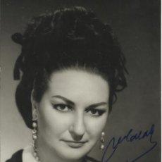 Autógrafos de Música : MONTSERRAT CABALLÉ. FOTOGRAFÍA CON AUTÓGRAFO, FIRMA. 1966. FOTO ESTUDIO. NEW YORK. 17X12 CM.. Lote 158709782