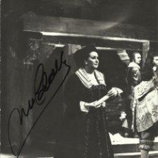 Autógrafos de Música : MONTSERRAT CABALLÉ. FOTOGRAFÍA CON AUTÓGRAFO, FIRMA. 1975. BALLO IN MASCHERA. MILANO. MILÁN.. Lote 158736138