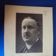 Autógrafos de Música : (FOT-190603)FOTOGRAFIA DEDICADA DEL COMPOSITOR BARTOLOME PEREZ CASAS A GASPAR CASSADÓ I MOREU . Lote 168924148