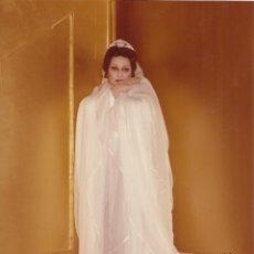 Autógrafos de Música : MONTSERRAT CABALLÉ. FOTOGRAFÍA CON AUTÓGRAFO, FIRMA ORIGINAL. 2000. 18X13 CM. ÓPERA.. Lote 180079453