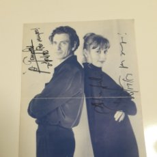 Autographes de Musique : AUTÓGRAFO FIRMA CARLES SABATER (SAU) Y ÁNGELS GONYALONS DE SU MUSICAL DE 1993. ENVÍO GRATUITO. Lote 184308017