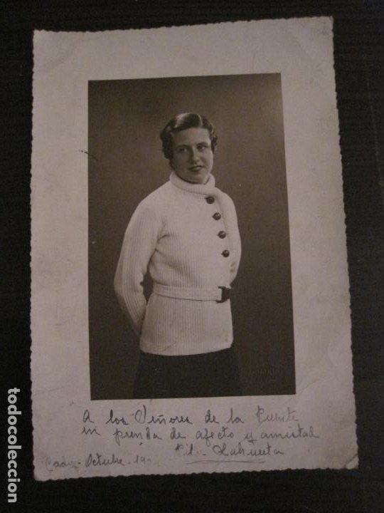 PILAR ALAHUERTA-AUTOGRAFO-FOTOGRAFIA ANTIGUA FIRMADA-VER FOTOS-(V-18.337) (Música - Autógrafos de Cantantes )