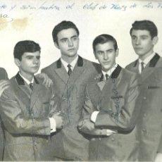 Autógrafos de Música : 2043.- LOS DIABLOS - GRUPO DE MUSICA -FOTOGRAFIA CON DEDICATORIOA DE SUS COMPONENTES. Lote 194279383