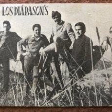 Autógrafos de Música : LOS DIAPASONS. FOTOGRAFÍA PROMOCIONAL CON DEDICATORIA Y AUTÓGRAFOS AL DORSO. AÑOS 60.. Lote 203354191