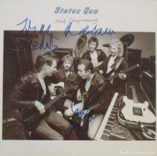 Autógrafos de Música : STATUS QUO. 5 AUTÓGRAFOS, FIRMAS ORIGINALES, AUTOGRAPHS. AIN'T COMPLAINING. 1988. PHONOGRAM. DISCO.. Lote 210566995