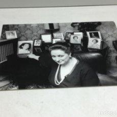 Autógrafos de Música: ORIGINAL FOTOGRAFIA MONTSERRAT CABALLE - CON DEDICATORIA Y AUTOGRAFO ORIGINAL. Lote 218239053