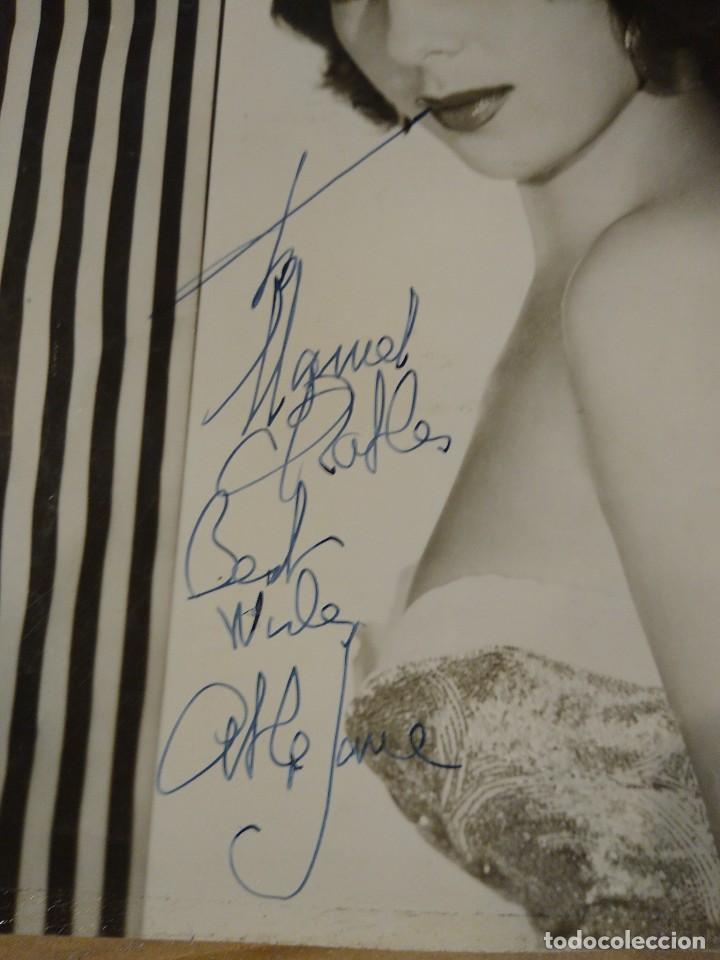 Autógrafos de Música : Fotografía original con autógrafo de la actriz y cantante Abigail Glasmann, Abbe Lane. - Foto 2 - 218669333