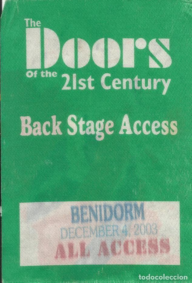 Autógrafos de Música : The Doors. Autógrafos Ray Manzarek, Robby Krieger, Ian Astbury, Ty Dennis. Benidorm 2003. Autographs - Foto 2 - 221275380