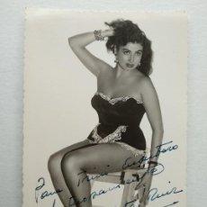 Autographes de Musique : VEDETTE, MANOLITA RUIZ. AUTOGRAFO, FIRMA. FOTO ANTONIO ZARAGOZA.13,8 X 8,5 CM.. Lote 237838535