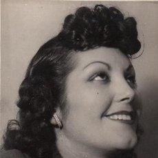 Autógrafos de Música : FOTOGRAFÍA DE ELVIRA VENDRELL - GONSANHI BARCELONA - AUTÓGRAFO - SOPRANO ZARZUELA TEATRO. Lote 252161185