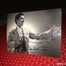 Autografi di Musica : PABLO DEL RIO - FOTOGRAFÍA ORIGINAL Y AUTÓGRAFO -AÑOS 60 - AL TEATRO PRINCIPAL DE MONOVAR (ALICANTE. Lote 252590245