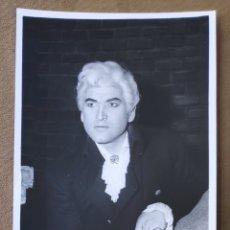 Autógrafos de Música : AMEDEO ZAMBON TENOR FOTOGRAFÍA FIRMADA Y DEDICADA OPERA 1965. Lote 265778919