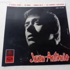 Autógrafos de Música : CURIOSO AUTÓGRAFO ORIGINAL CANTANTE JUAN ANTONIO ES LA PORTADA DE UN DISCO. Lote 265901433