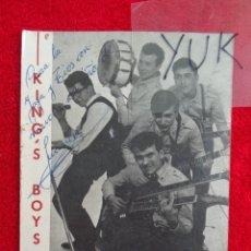 Autógrafos de Música : POSTAL PROMO CON AUTOGRAFO Y DEDICATORIA DEL GUITARRA DE LOS KINGS BOYS JUAN MANUEL TORQUEMADA. Lote 294959758
