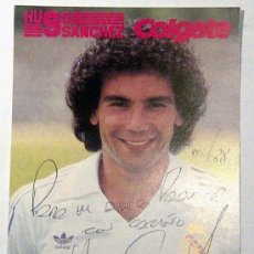 Coleccionismo deportivo: HUGO SÁNCHEZ FOTO COLGATE 1988 (AUTÓGRAFO REAL). Lote 29438849