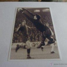 Coleccionismo deportivo: FOTO SADURNI CAMP NOU 1968 F.C.BARCELONA(10 X 15CM)BARÇA-CON SU FIRMA ORIGINAL-FOTOS. Lote 43605604