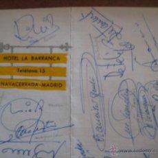 Coleccionismo deportivo: FIRMAS ORIGINALES DE LOS JUGADORES DEL REAL MADRID DE 1966. CAMPEONES DE LA SEXTA COPA DE EUROPA.. Lote 52954201