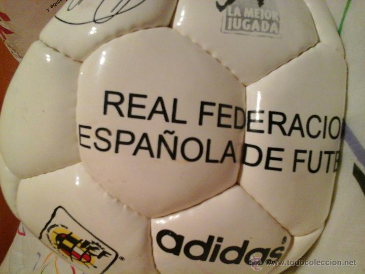 PELOTA ADIDAS CON FIRMAS DE FUTBOLISTAS:LUIS ENRIQUE.HIERRO.... (Coleccionismo Deportivo - Documentos de Deportes - Autógrafos)