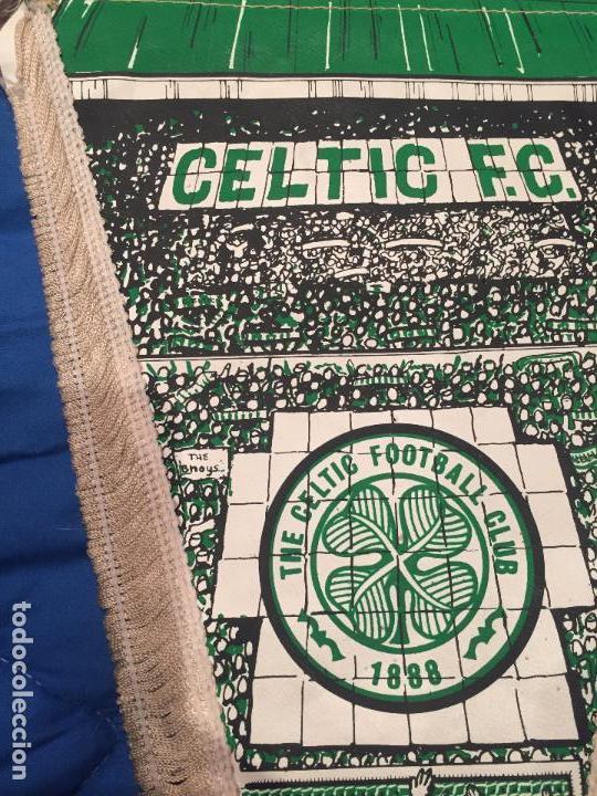 Coleccionismo deportivo: celtic f.c. banderin autografiado por jugadores, del año 1980, tamaño grande 38cm - Foto 2 - 75830023