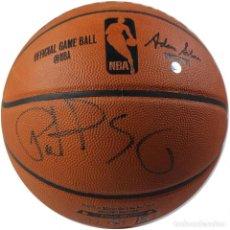 Coleccionismo deportivo: BALÓN OFICIAL DE LA NBA FIRMADO POR PATRICK EWING. Lote 108393135